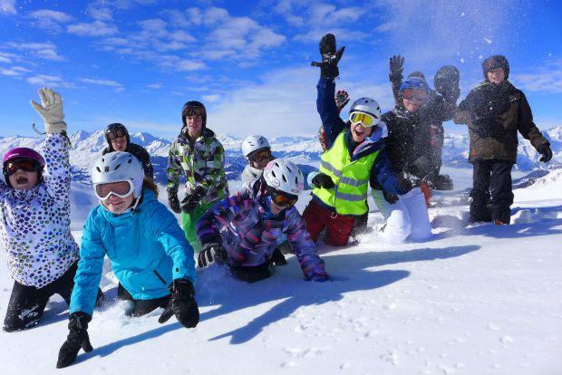 Spass im Winter Jugendsportcamp